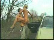 A Jenny le gusta el sexo en el campo