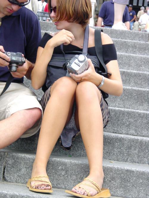 Descuidos De Chicas En Minifalda