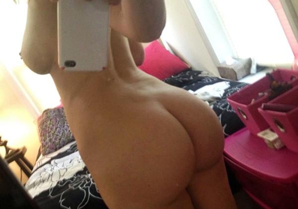 selfies xxx